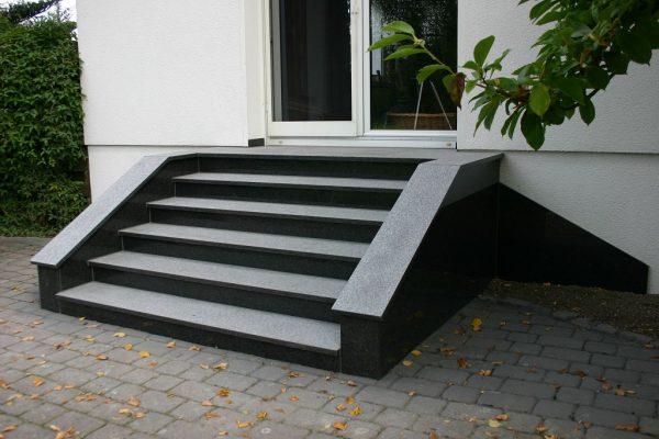 trepte granit negru exterior