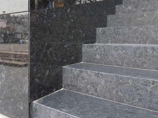 Trepte si scari din granit