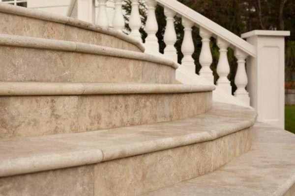Trepte si scari din piatra naturala